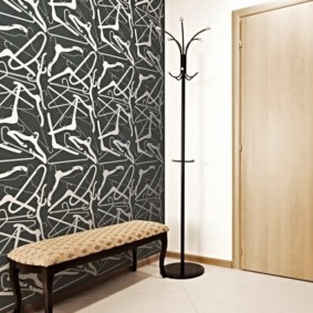 комбинированные обои в коридоре квартиры виды идеи