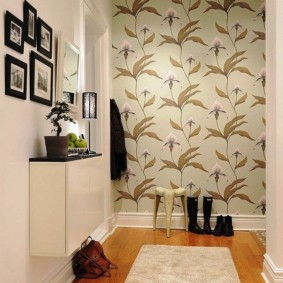 комбинированные обои в коридоре квартиры фото дизайна