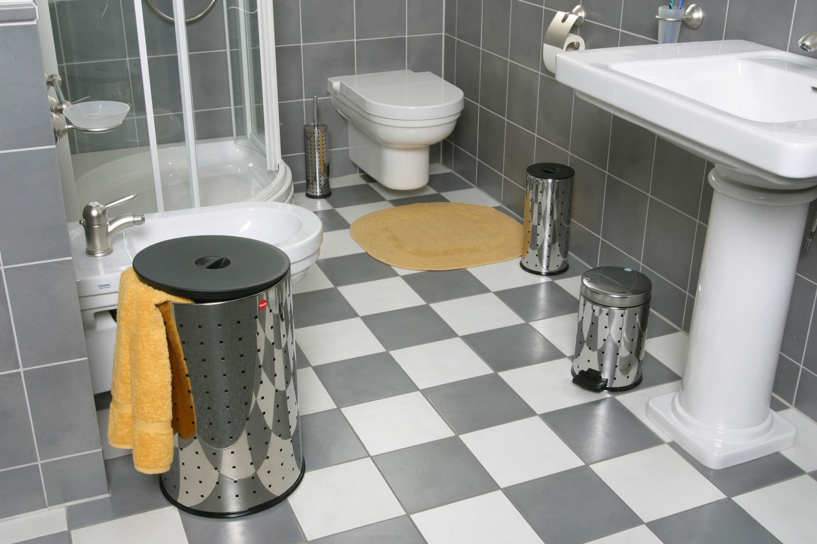 корзина для белья в ванную декор идеи