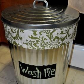 корзина для белья в ванную дизайн фото