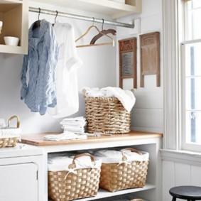корзина для белья в ванную фото декор