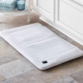 коврики для ванной комнаты фото виды