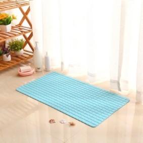 коврики для ванной комнаты обзор идеи