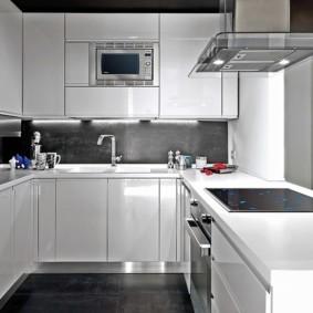 кухня без окон идеи фото