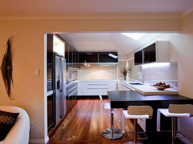кухня без окон интерьер фото