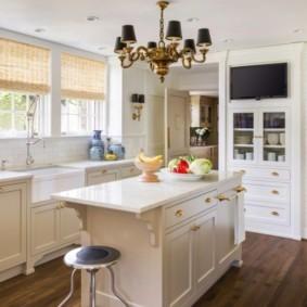 кухня с патиной фото интерьер
