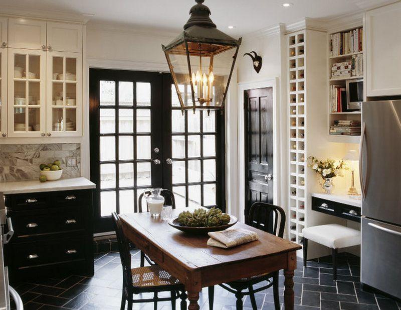 кухня с темным полом фото интерьер