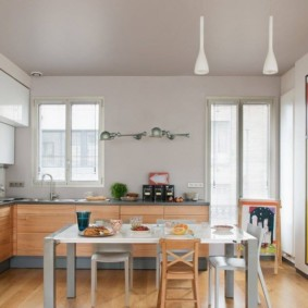 кухня с мойкой у окна идеи варианты