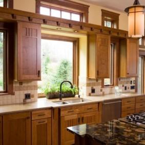 кухня с окном в рабочей зоне виды оформления