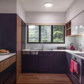 кухня с окном в рабочей зоне оформление идеи