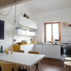 кухня с окном в рабочей зоне виды идеи