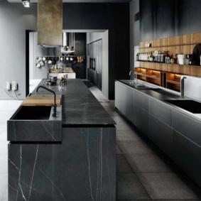 кухня с темным полом интерьер фото