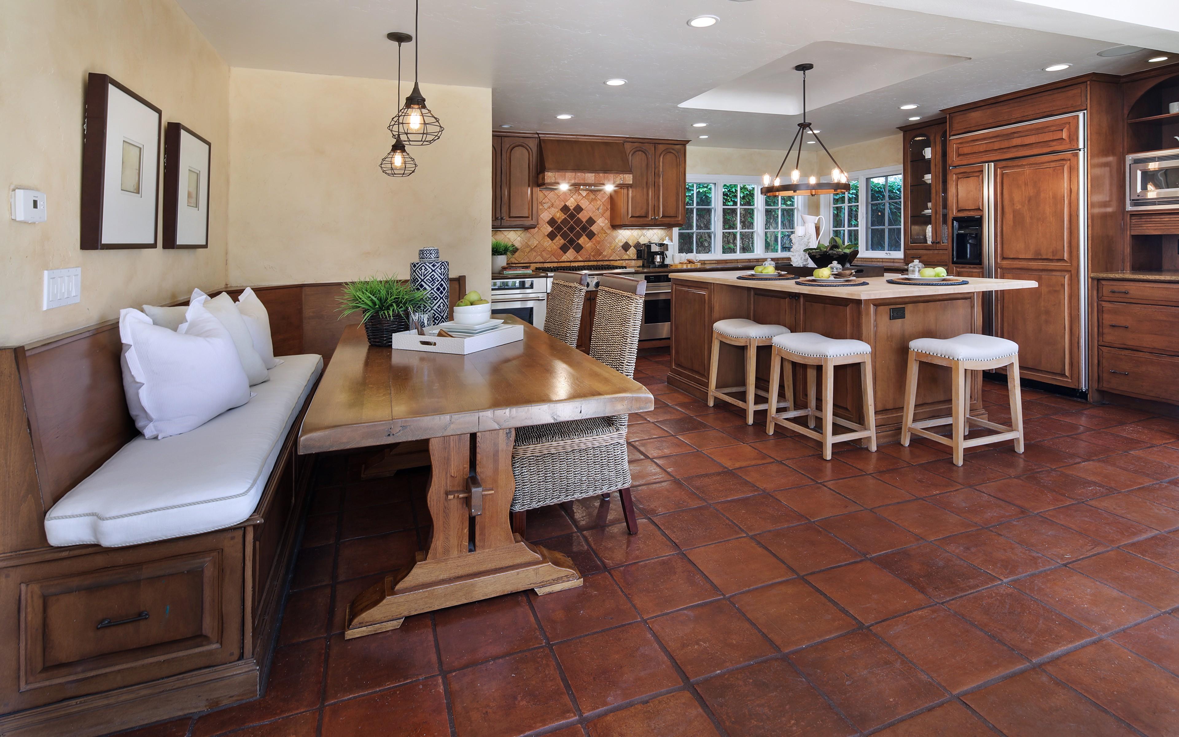 кухонная скамья дерево