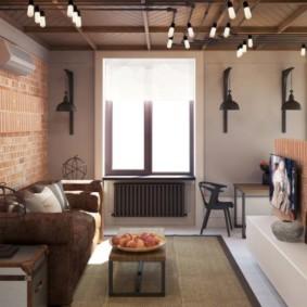 Светильники на потолке комнаты с кирпичными стенами