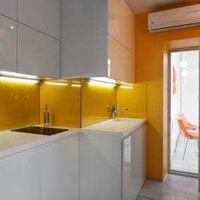 Подсветка фартука в кухонной зоне