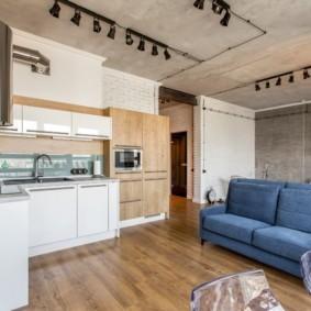 Серные софиты на потолке квартиры
