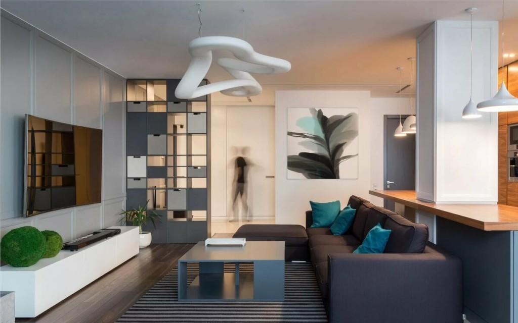 Оригинальный светильник на потолке гостиной в стиле хай-тек