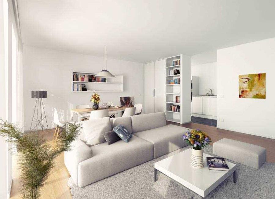 Гостиная в современном стиле в квартире панельного дома