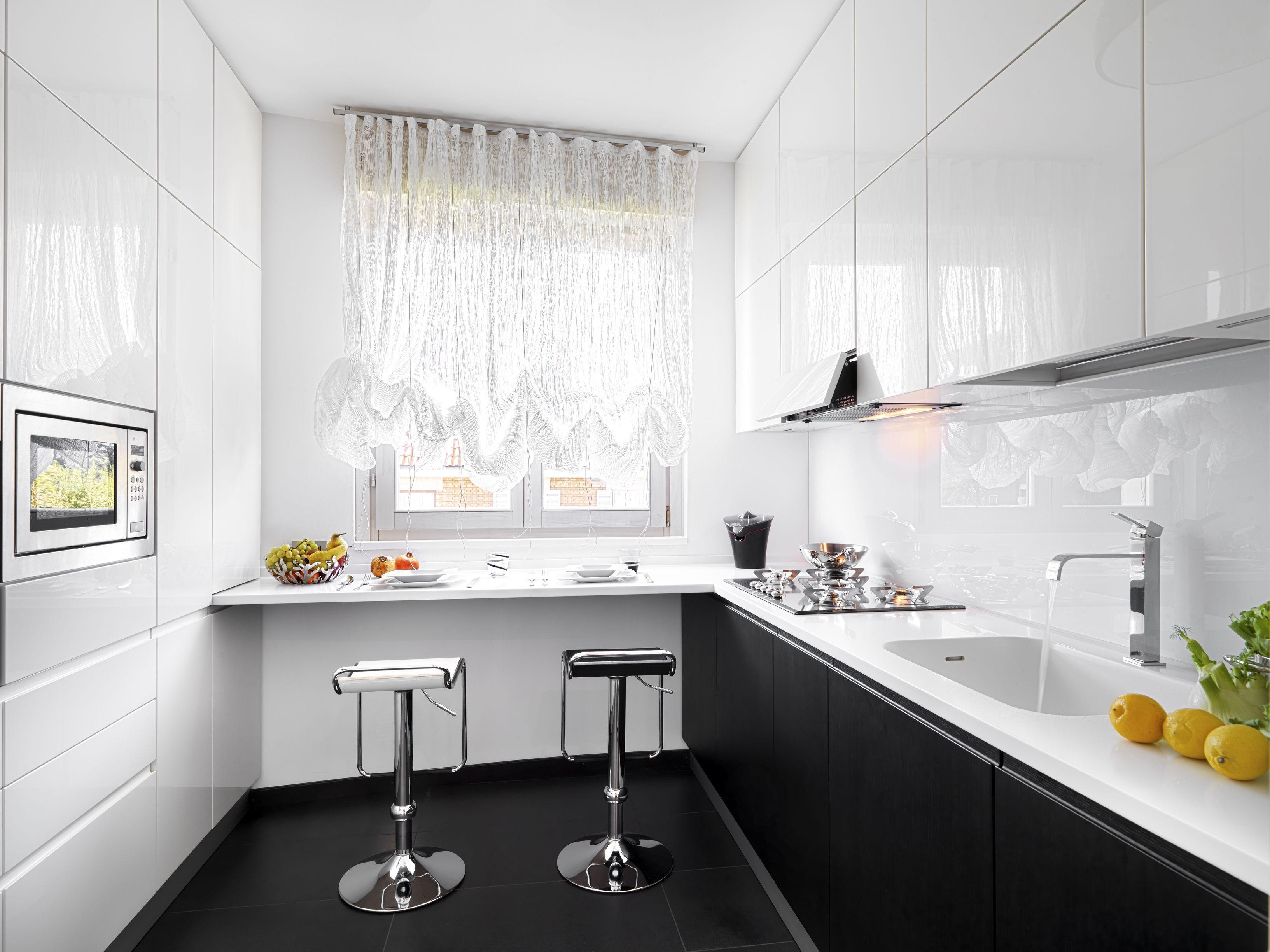 маленькая кухня дизайн фото