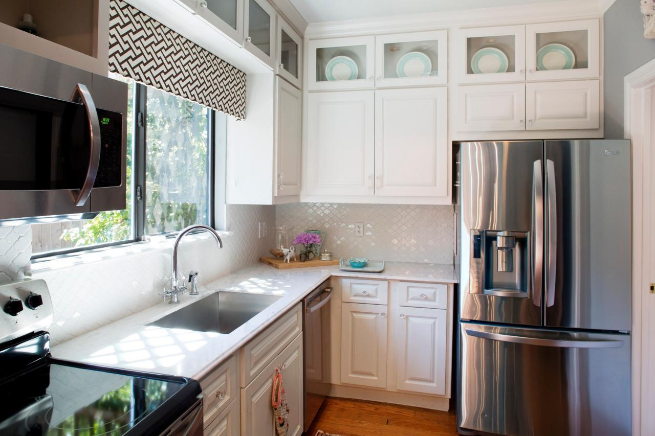 маленькая кухня мебель