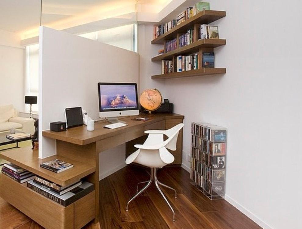 Рабочее место в спальне минималистического стиля