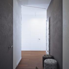 Ровные стены серого цвета