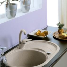 мойка для кухни из искусственного камня декор