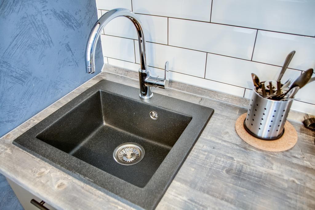 мойка для кухни из искусственного камня дизайн фото