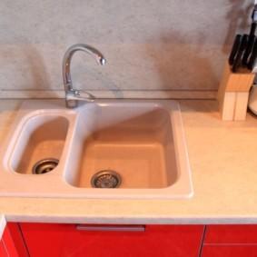 мойка для кухни из искусственного камня интерьер