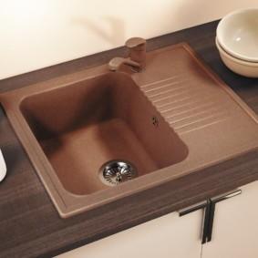 мойка для кухни из искусственного камня интерьер фото