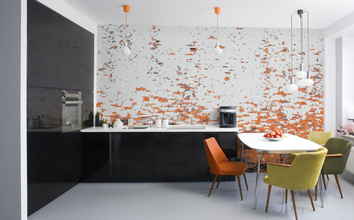мозаичная стена на кухне