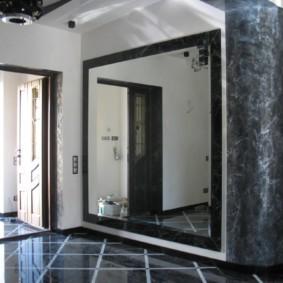 настенное зеркало в прихожую фото декор