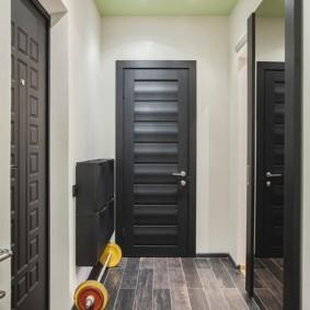 натяжной потолок в коридоре фото варианты