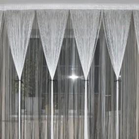 нитяные шторы на кухне фото оформления