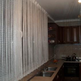 нитяные шторы на кухне фото варианты