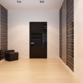 обои для коридора с темными дверями идеи интерьер