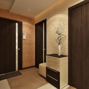 обои для коридора с темными дверями фото идеи