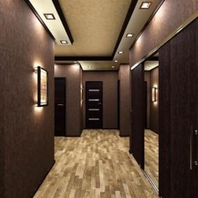 обои для коридора с темными дверями идеи оформления