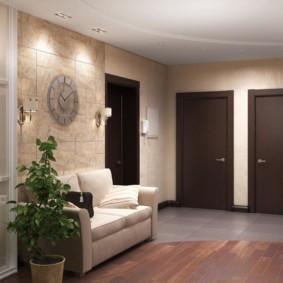 обои для коридора с темными дверями фото дизайн