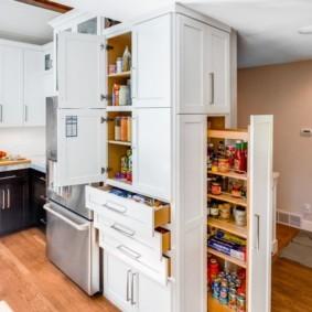 организация пространства на кухне фото декор