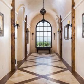 плитка на пол в коридор декор
