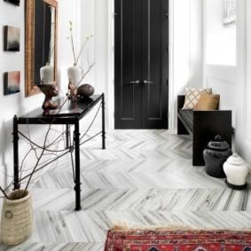 плитка на пол в коридор интерьер фото