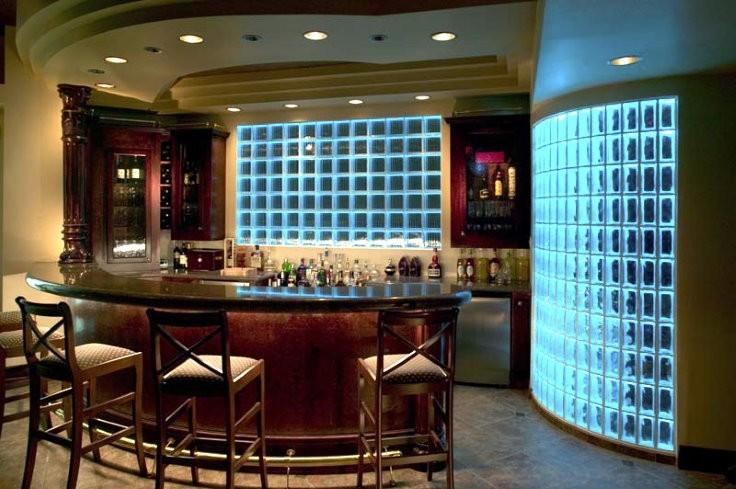 Освещение кухни-гостиной с перегородкой из стеклоблоков
