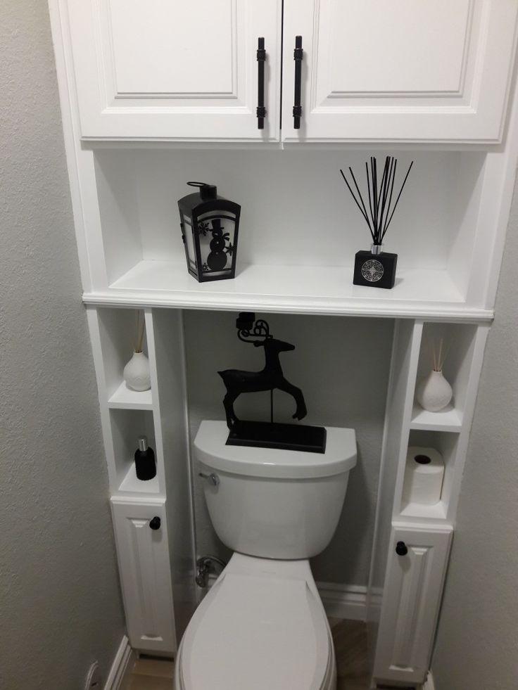 Полки над унитазом в туалете однокомнатной квартиры