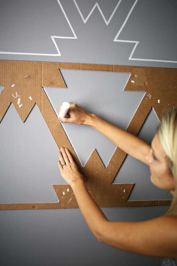 Рисование на стене по трафарету своими руками