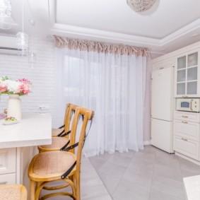 шторы для кухни в стиле прованс виды