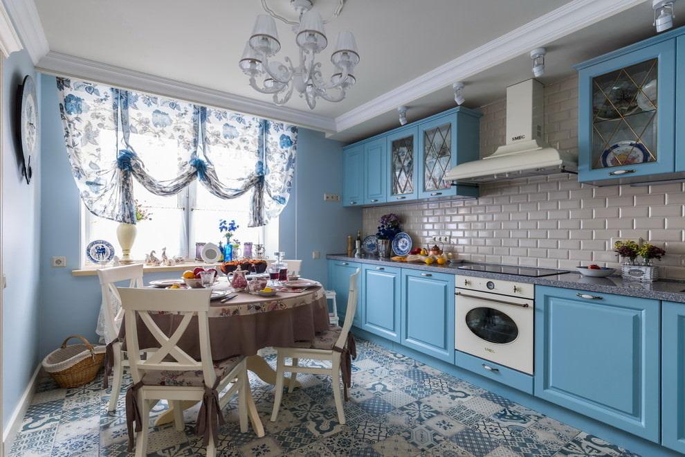 шторы для кухни в стиле прованс голубые