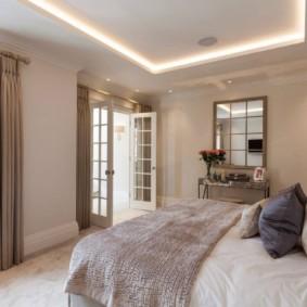 спальня площадью 5 на 5 метров фото декор