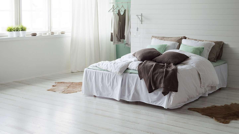 спальня площадью 5 на 5 метров минимализм