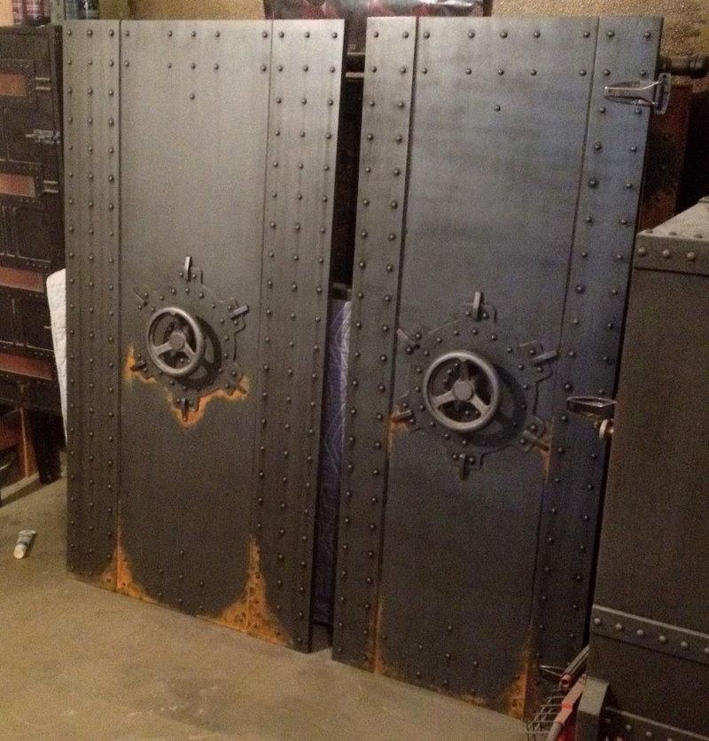 Стальная дверь для интерьера в стиле лофт